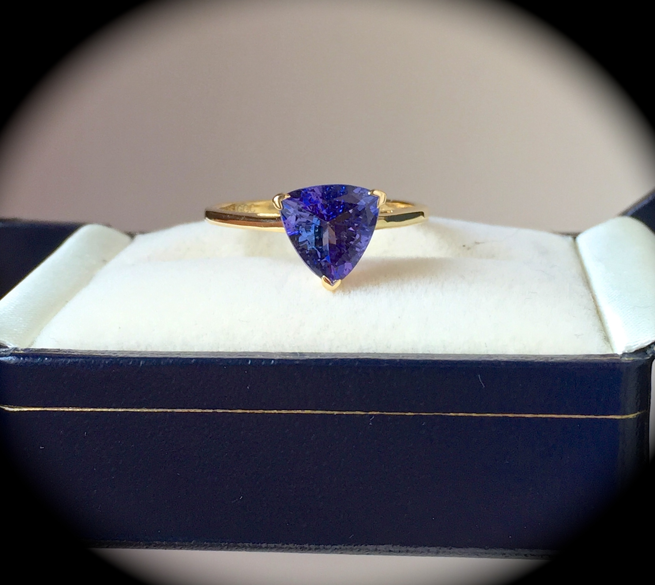 blue gemstone grade certified cushion aa itm violet igi liquidity ct cut easy tanzanite natural great investment