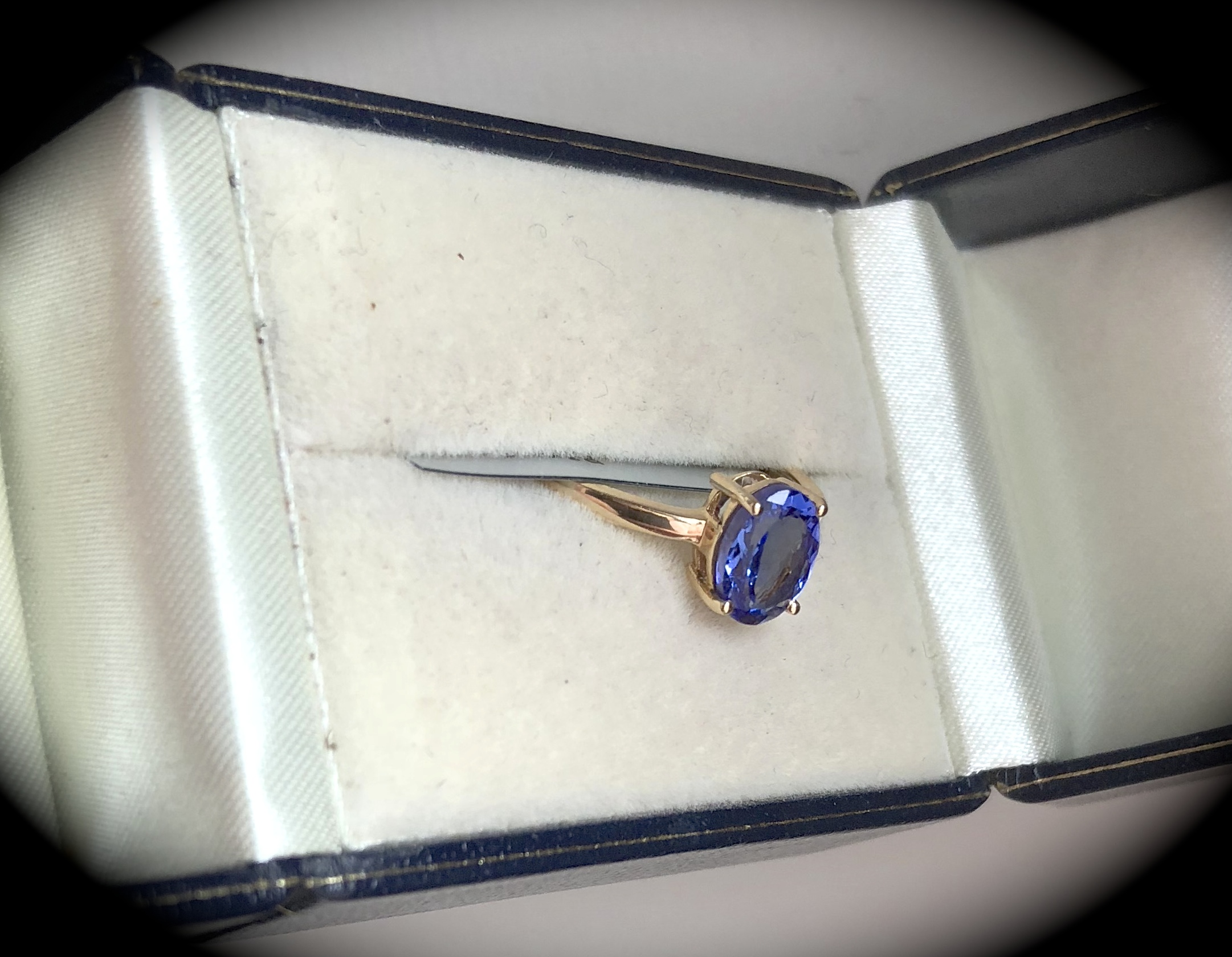 violet natural gemstone grade blue cut tanzanite pear block certified d itm easy aaa ct great igi investment liquidity